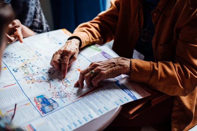 elderly_hands_map